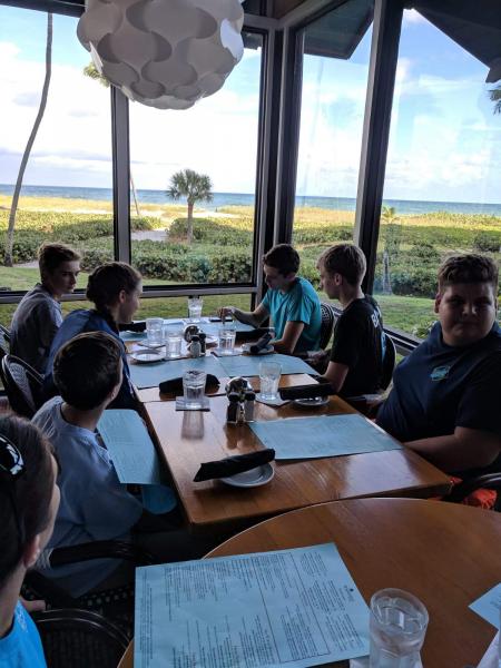 SCUBAnauts Shark Tagging Dive 2018 - Lunch